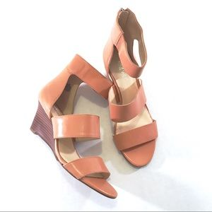 Nine West Tan Risktaker Wedge Sandals (7.5M)
